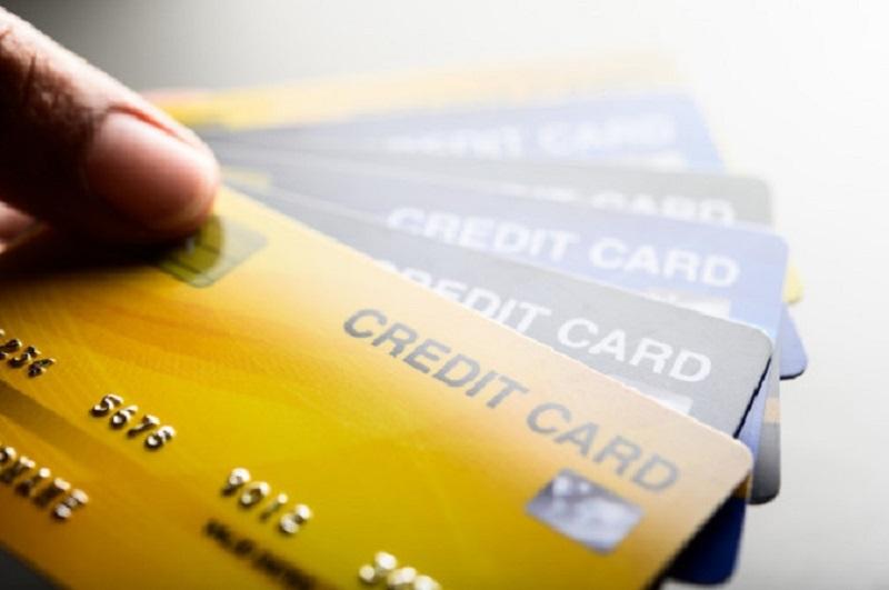 4 วิธีใช้บัตรเครดิต ไม่เพิ่มหนี้สิน
